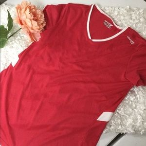 Saucony Athletic Top - Size Large